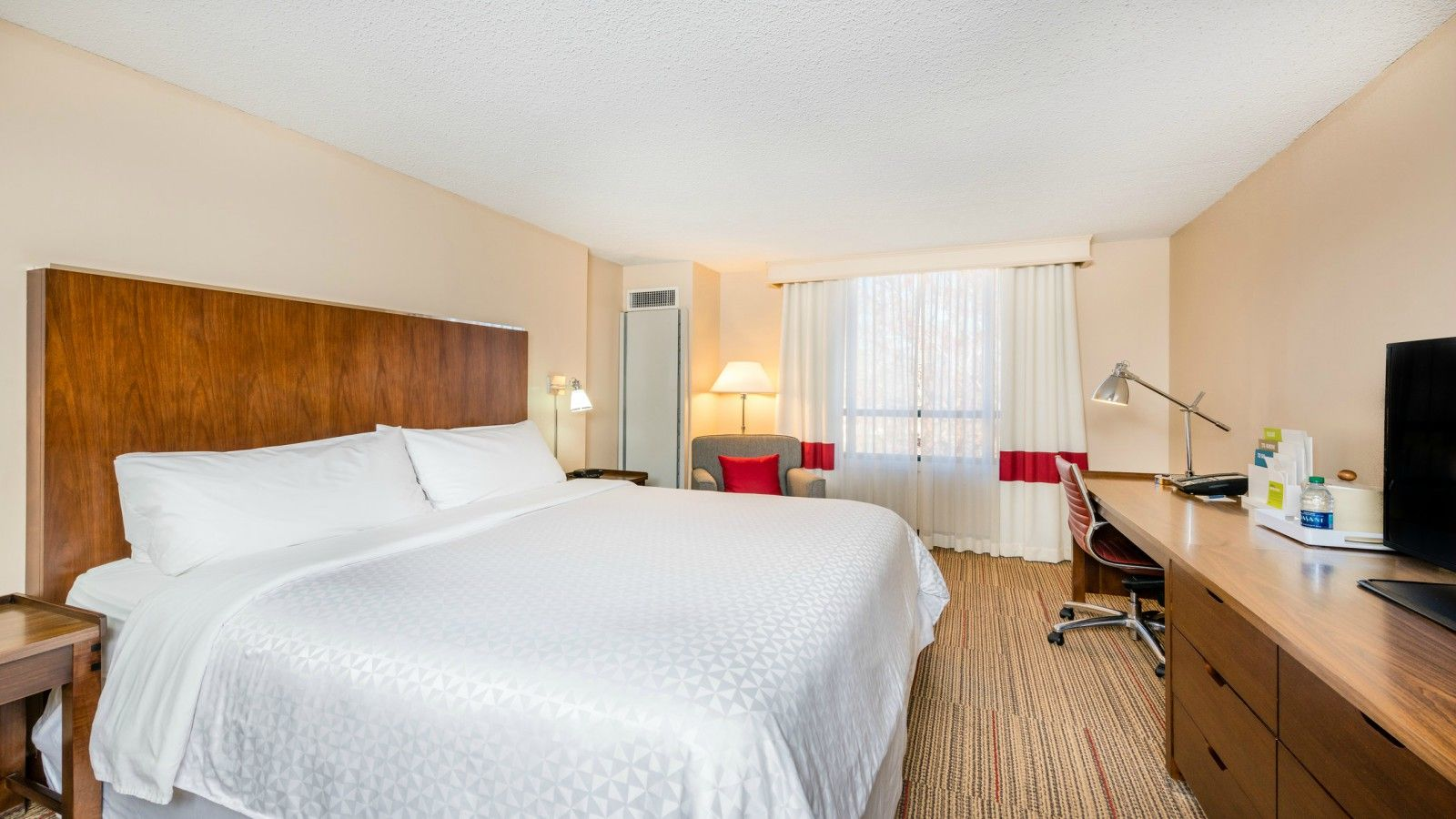 Charlotte Accommodations - Accessible Room